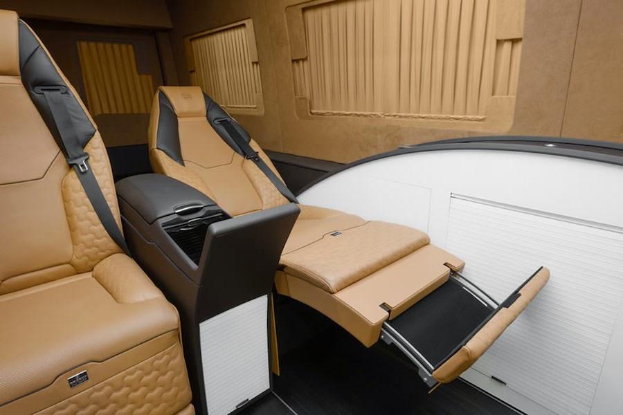 これが車?ブラバスがベンツの商用車を超豪華仕様にカスタムした「ビジネスラウンジ」がスゴい