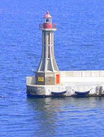 Port de Gdynia, feu de l'entrée Sud (Pologne)