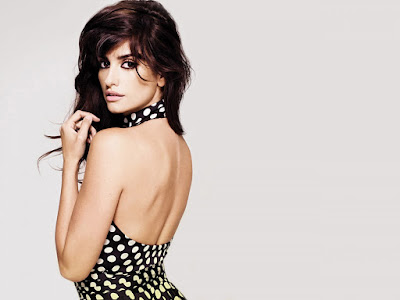 Penelope Cruz Sexy Wallpaper