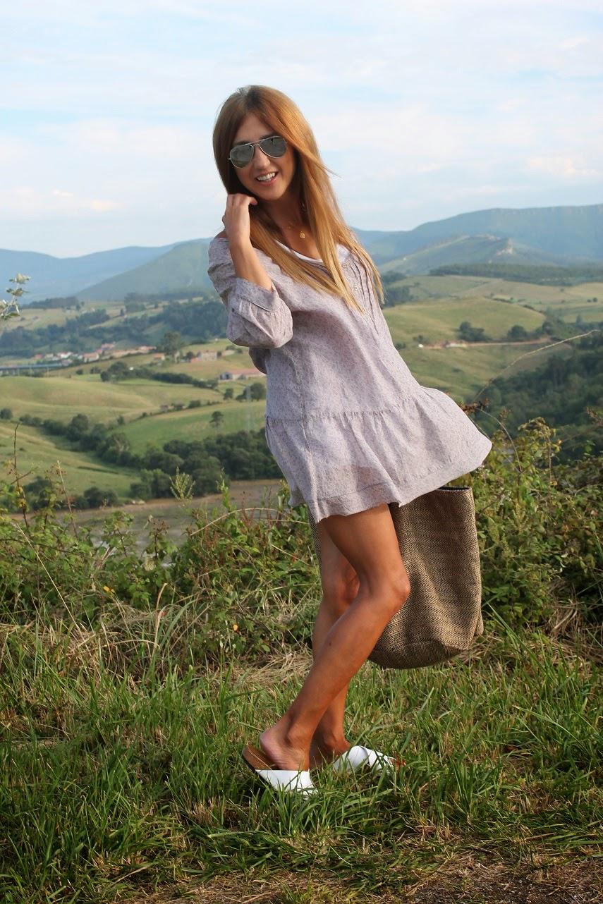 Dress, Silk, look, outfit, style, travel, blog de moda, Carmen Hummer, Lifestyle, Fashion Style, Fashion Blogger, Summer, Beach, Holidays, Ojala, Comillas, San Vicente de la Barquera
