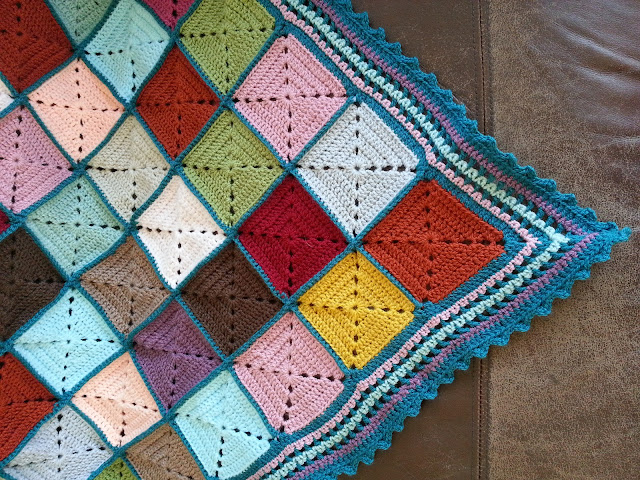 Knitknatknotuk Vintage Solid Granny Squares Blanket Throw Done