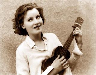 garbo ukulele