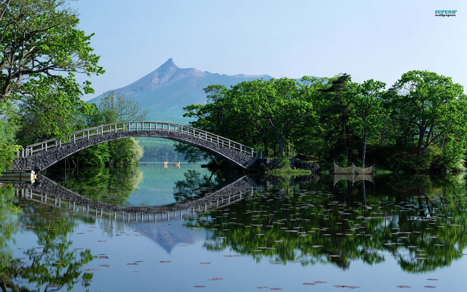 http://3.bp.blogspot.com/-qpiyQ-xF2hs/TcwV5tTC-ZI/AAAAAAAANPw/oTF21xHE1-o/s1600/onuma-quasi-national-park-3272-1920x1200.jpg