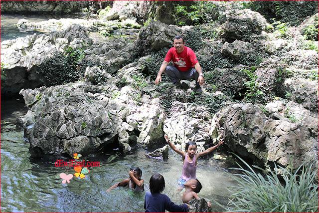 berenang di Telaga Tilanga toraja sulsel