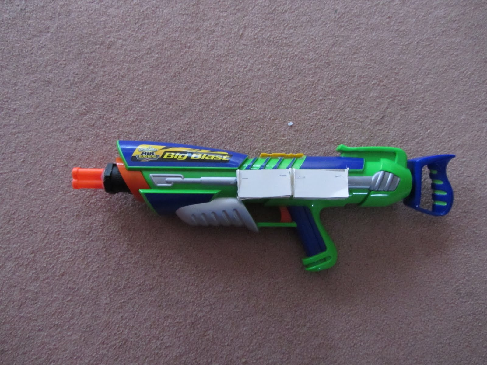 Post pictures of your blasters IMG_1083