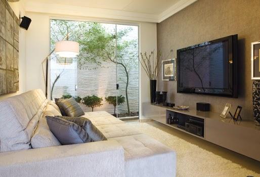 Sala Com Tv Lcd Na Parede ~ Pequenas salas de TV ~ Decorando por ai