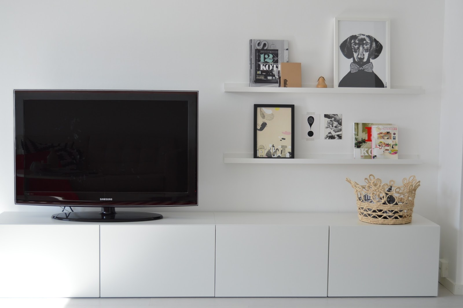 Pisaroita tasokasta - Muebles television ikea ...