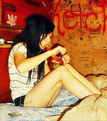 Sey Girl Smoking Bud