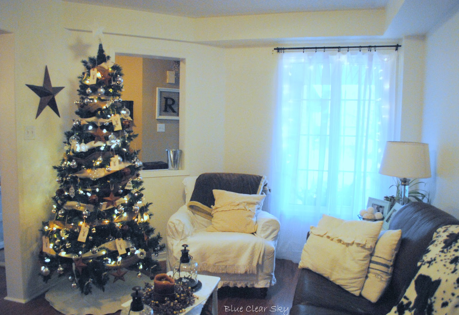 Rustic Maple: Christmas 2012 - Our Living Room