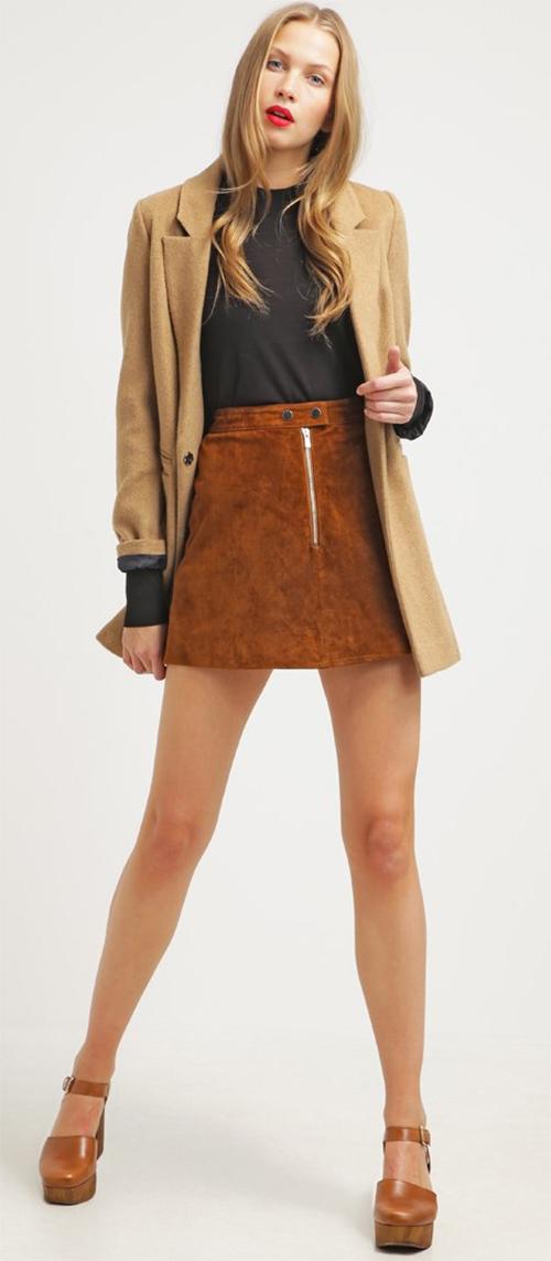 Jupe courte femme en cuir marron Miss Selfridge