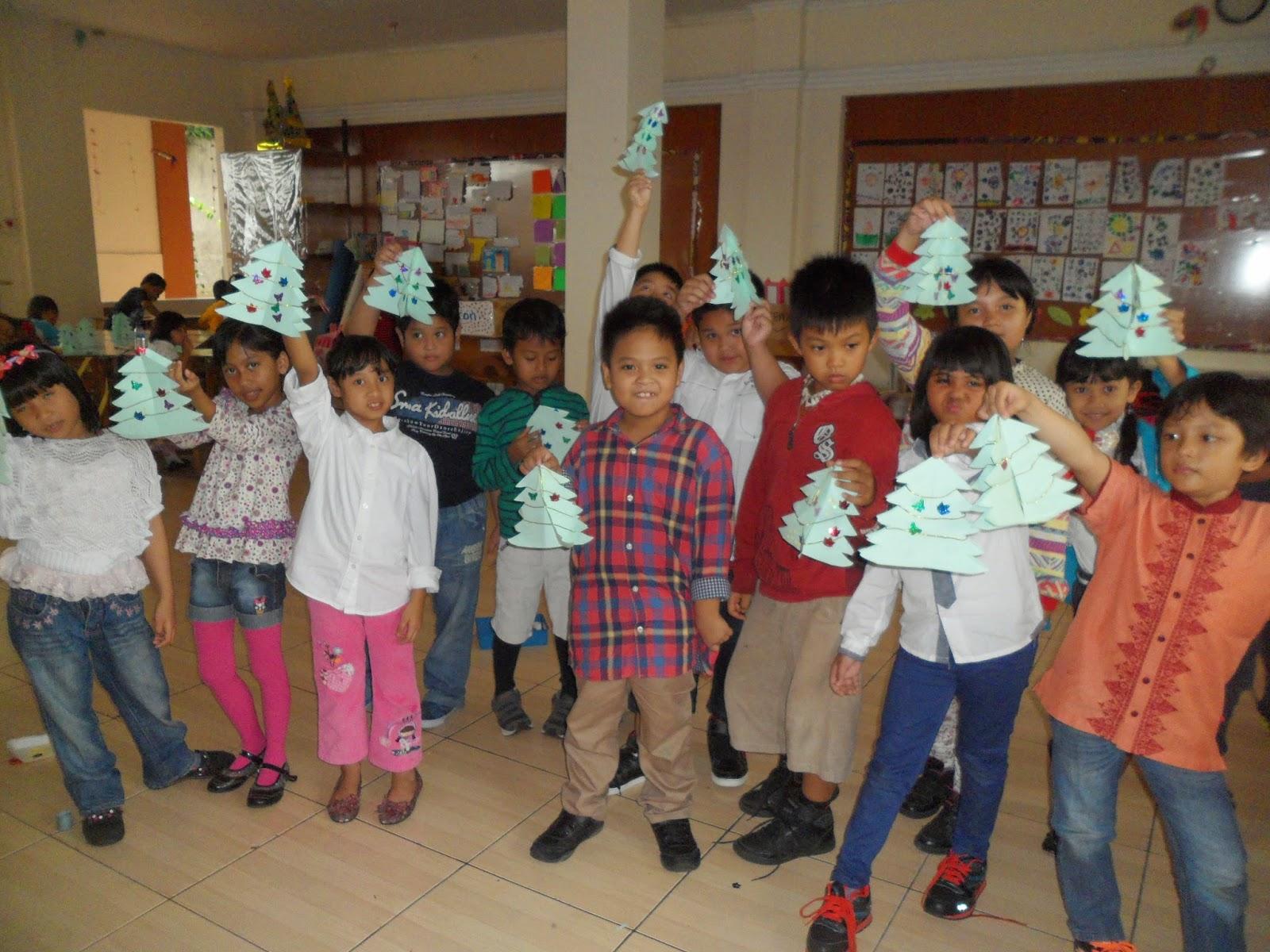 Perayaan natal sekolah