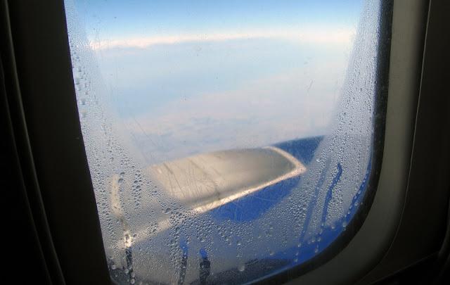 За окном иллюминатора Боинга-737