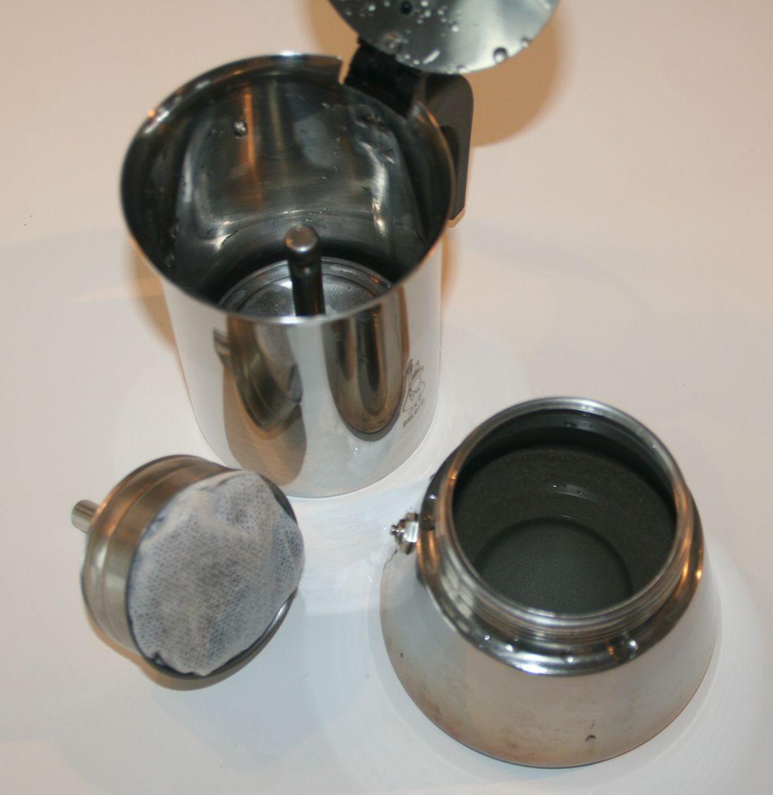 Cosmessence bio les ateliers faites votre hydrolat ou eau for Alambic maison cocotte minute