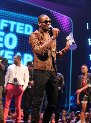 VIDEO; D'banj - Oliver Twist & Davido - Dami Duro Live at 2012 Channel O Music Awards
