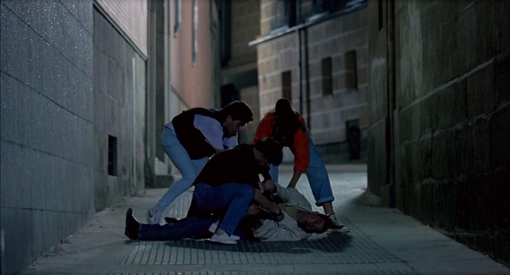 ¡Átame! (Pedro Almodóvar,1990) BrRip 720p