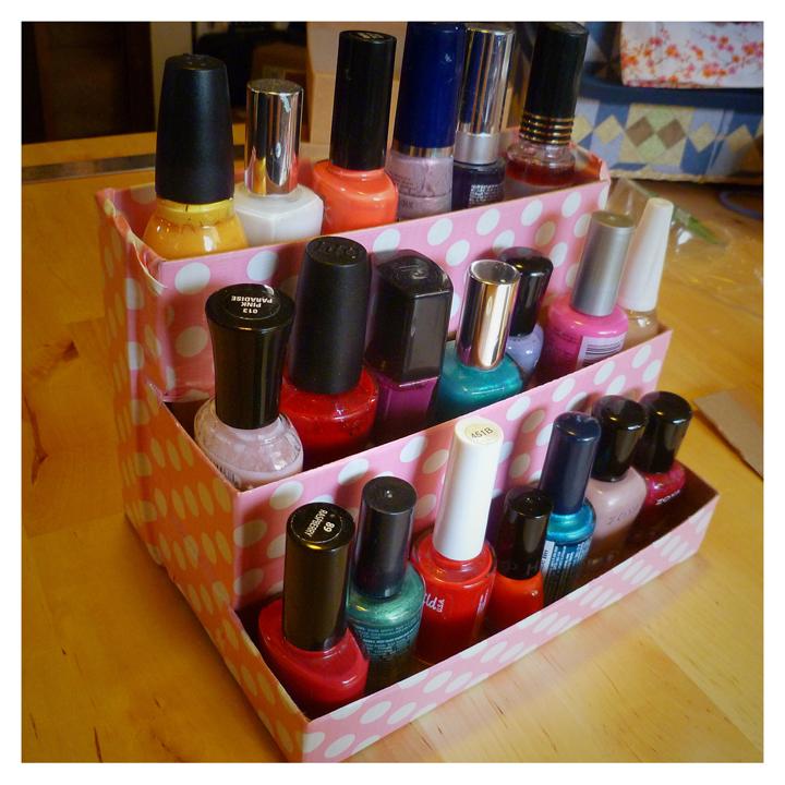 Niki Jin Crafts: DIY Birchbox Nail Polish Rack
