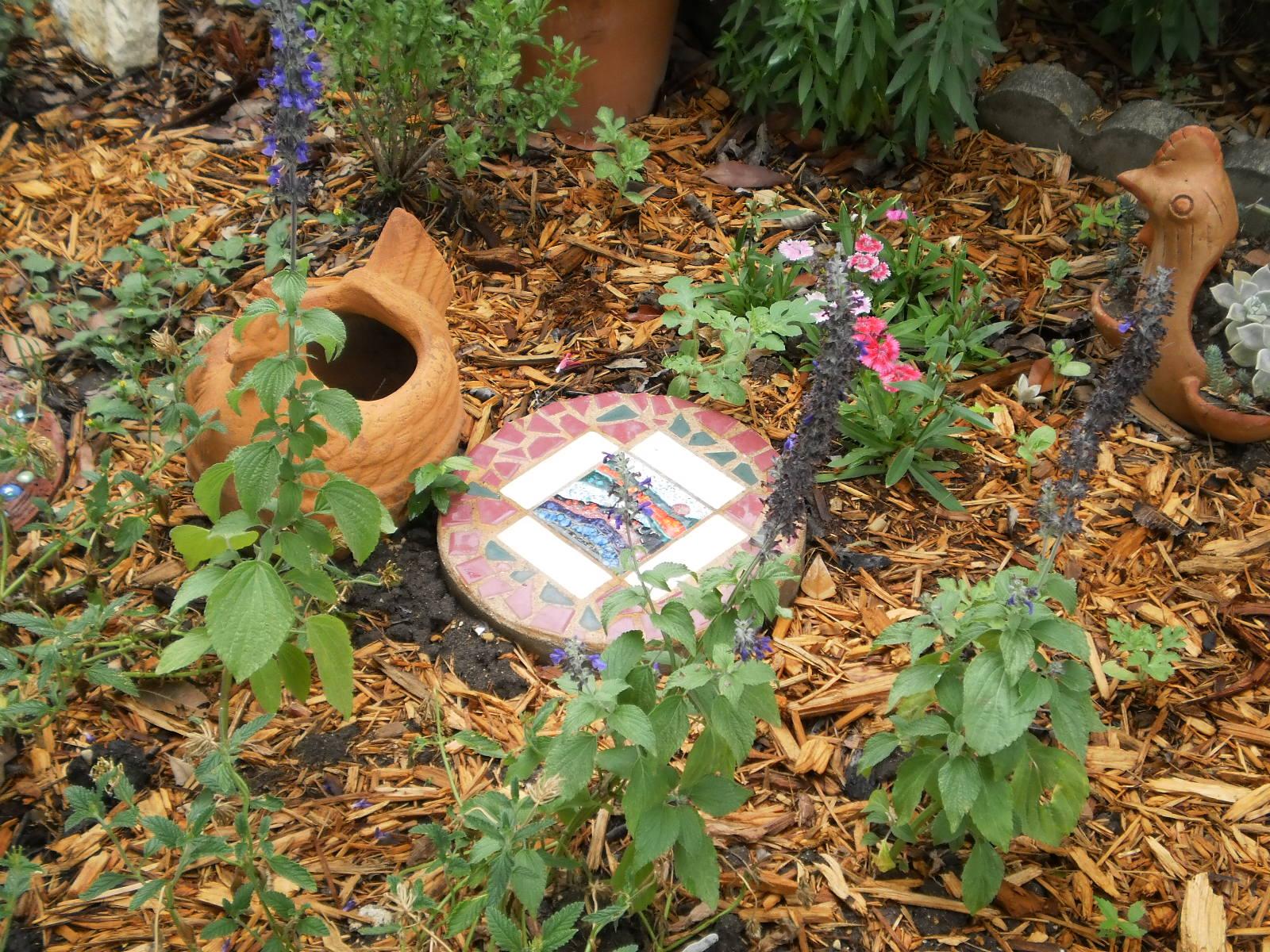Earthly Gardener: Monday Garden Photos