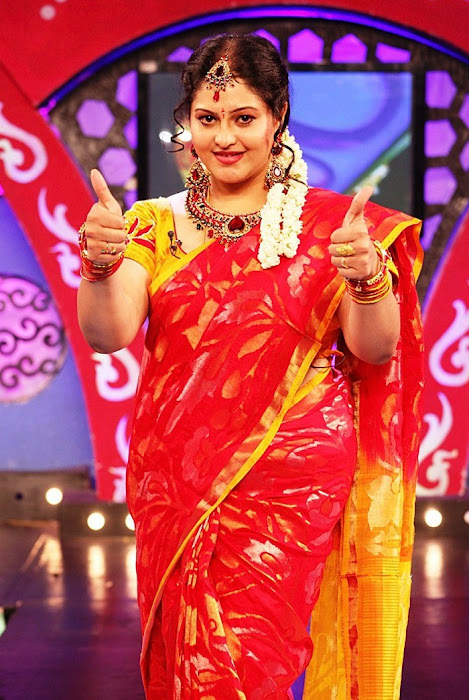 ri in saree at zee latest photos