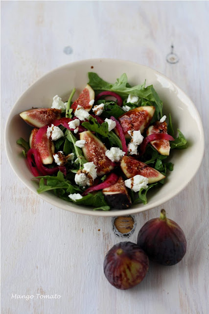 Mango & Tomato: Fig salad with arugula, goat cheese and pickled onions