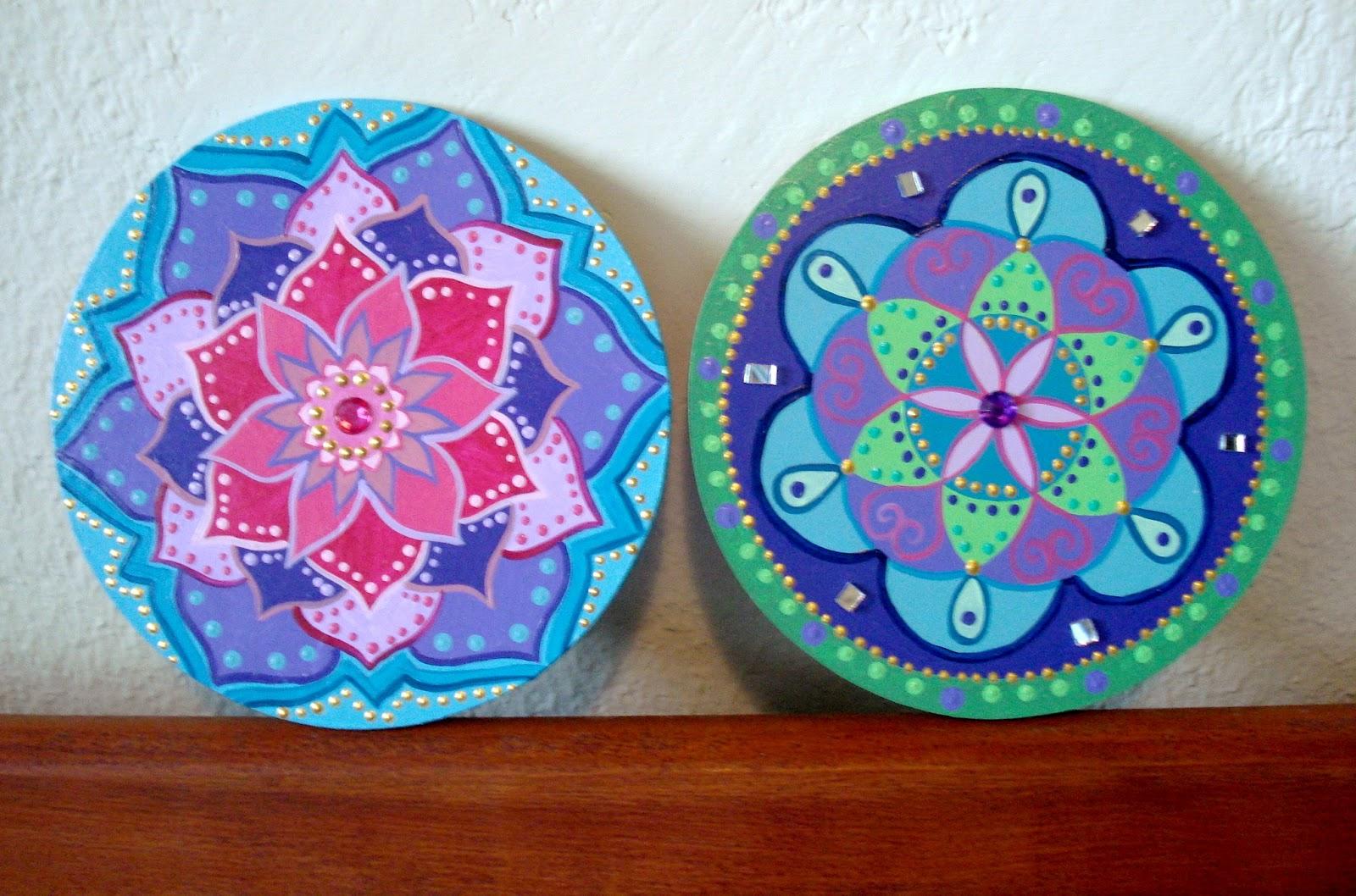 Mandalas om shanti om podran cortar todas las flores pero for Pintura sobre piedras
