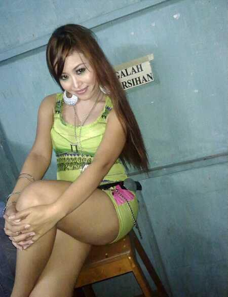 foto hot biduan seksi body bahenol