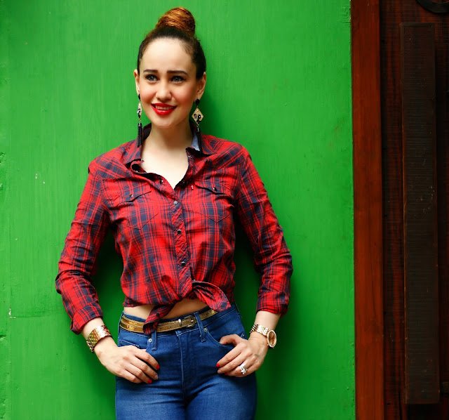 Levis tartan Shirt Knotted Up, Top Knot bun, Red Lips,Retro Glam Look