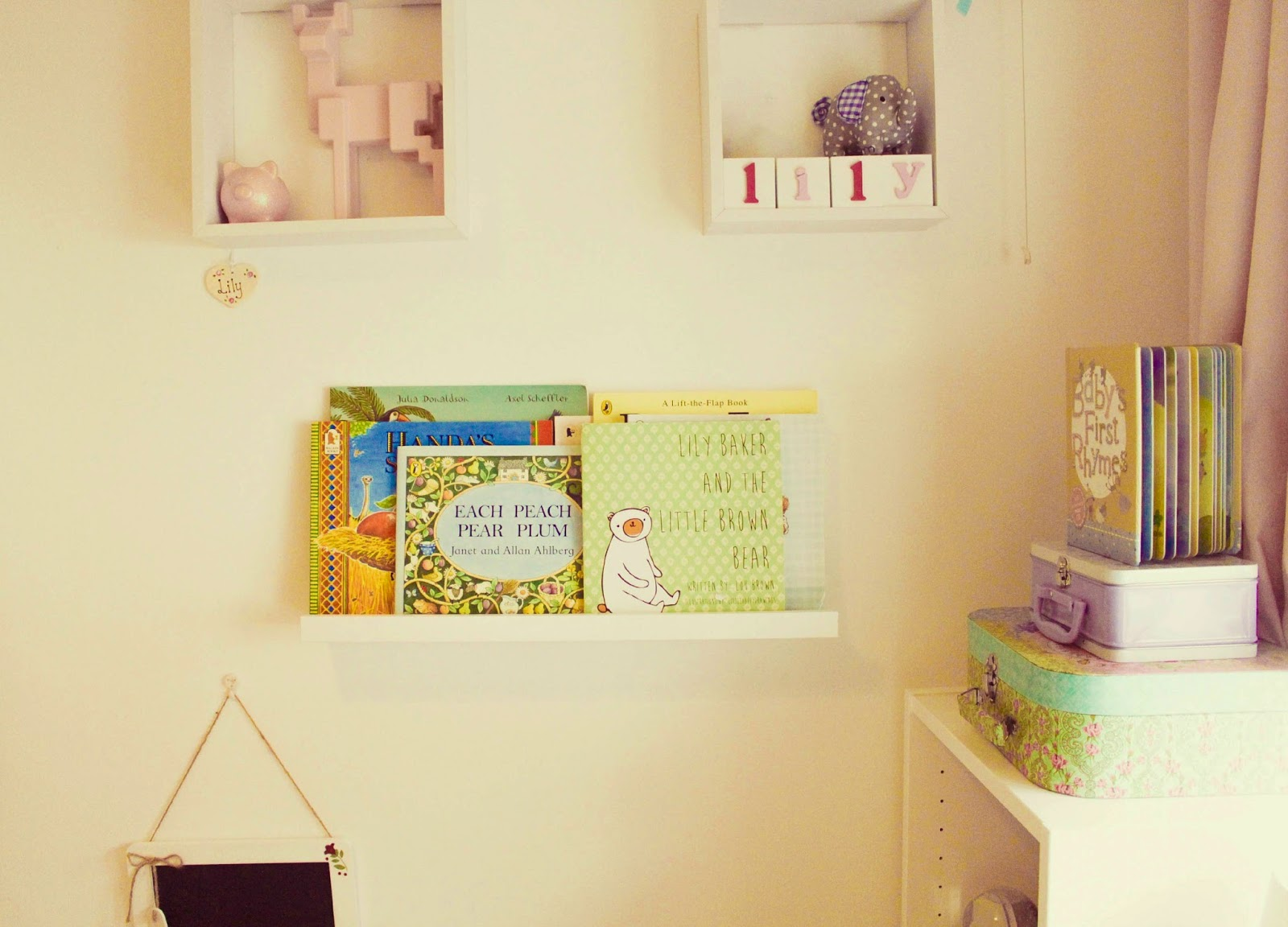 Shelves, shelves, shelves | Nursery Decor - Lilypad & Bow