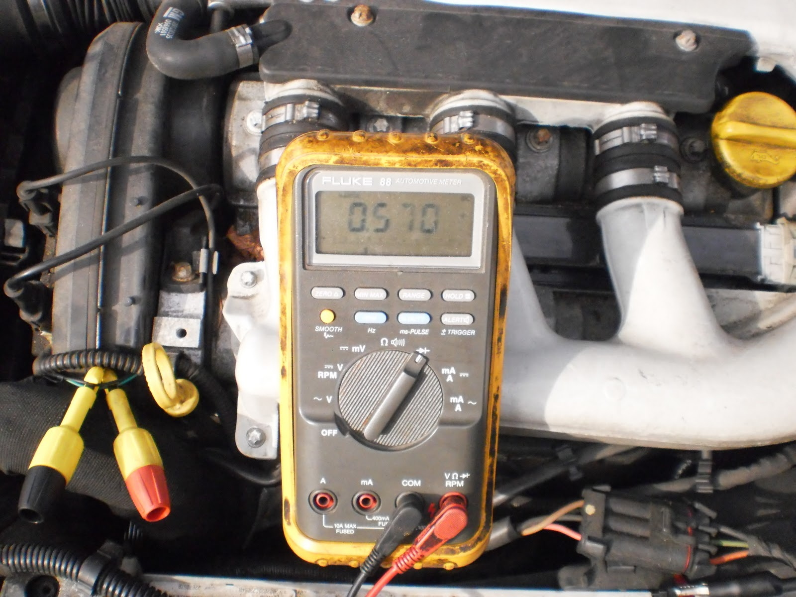 Jwr Automotive Diagnostics 2002 Saturn L300 Car Fuse Box Test Luckily This Shop Owner Had A Gm That Was Going To The Boneyard I Quickly Stole Diode Out Of Fusebox Lets One