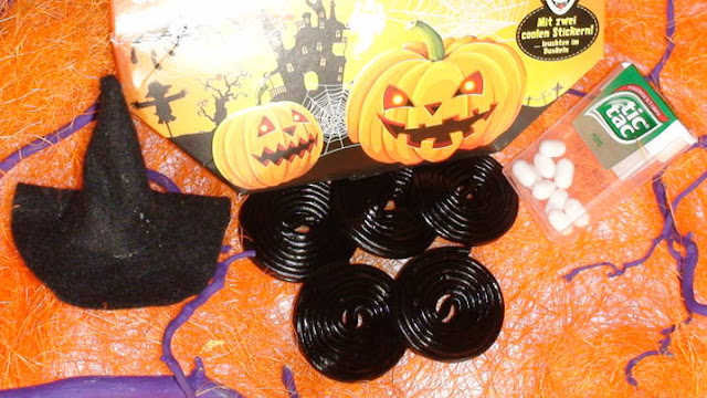 how to make halloween spiders