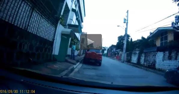 Φιλιππίνες: Οδηγός εκτέλεσε τροχονόμο επειδή ... τον έγραψε για διπλοπαρκάρισμα (βίντεο)