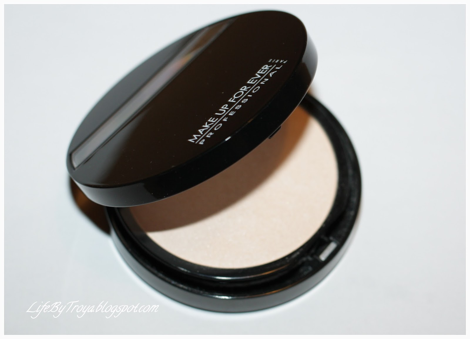 Review:: Make Up For Ever Compact Shine On #3 Iridescent Compact ...