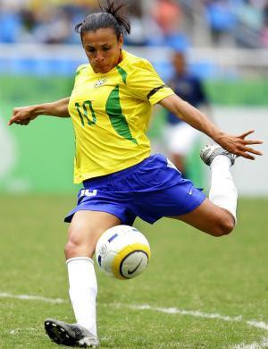 Marta, a melhor jogadora de futebol do mundo