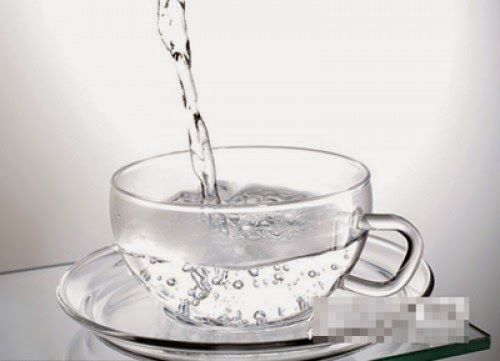 nước giúp chữa nám da