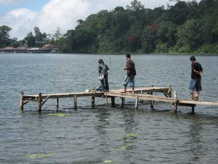 Fragile bridge made ​​of bamboo in Beratan lake Bedugul Bali