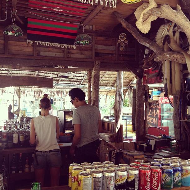 warung café, pentai cenang, langkawi, malaysia