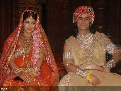 Mohit raina and sonarika bhadoria offscreen