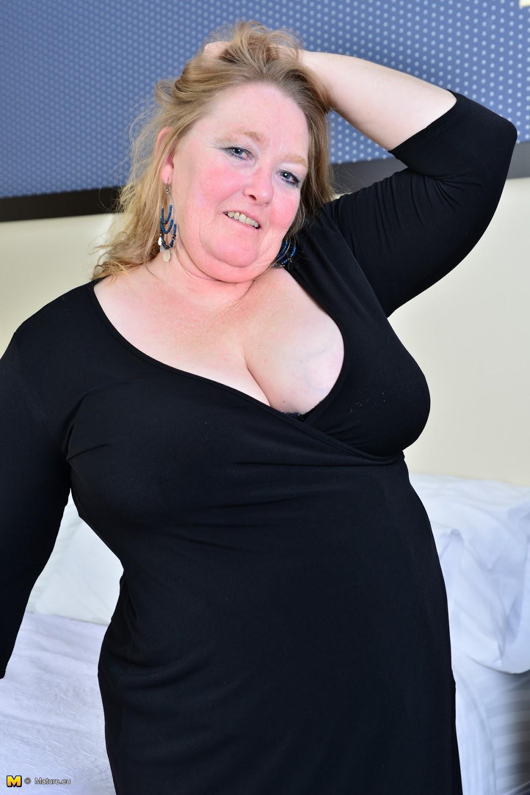 Queensized Beauties 2: Lindy Lust