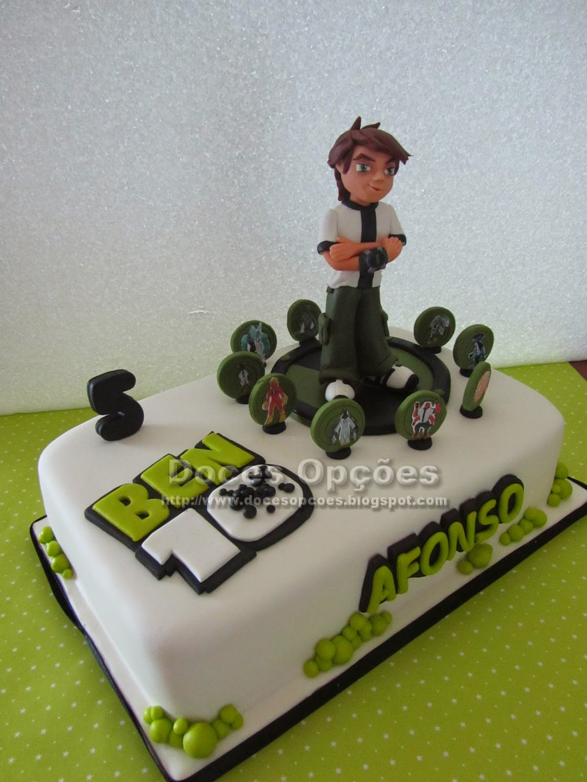 bolo aniversário ben 10