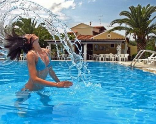 T cnico en mantenimiento de piscinas preguntas frecuentes for Recuperar agua piscina verde