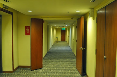 Cititel Express Hotel hallways