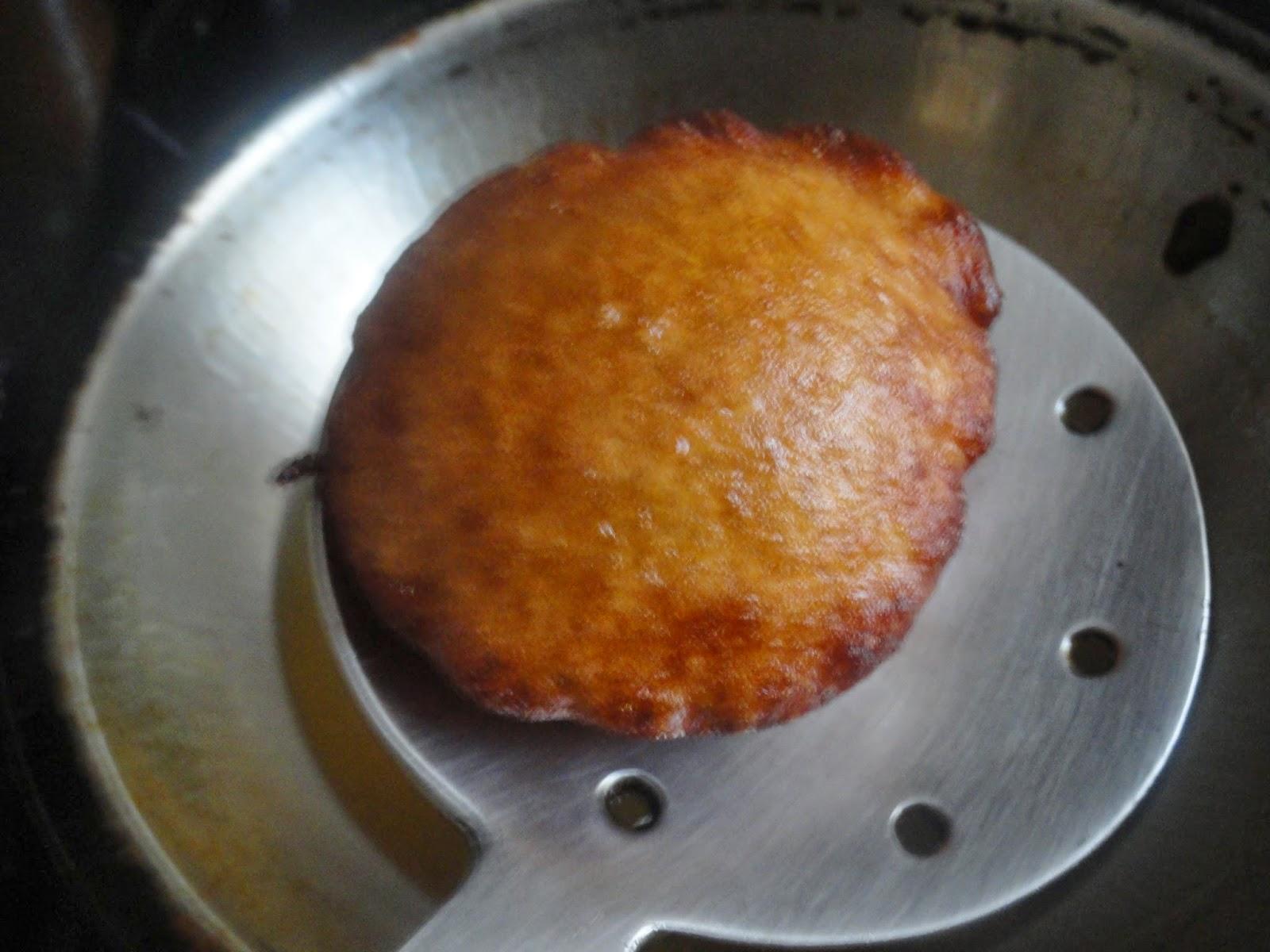 browned kandarappam