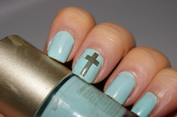 hail nail - leopard print crosses