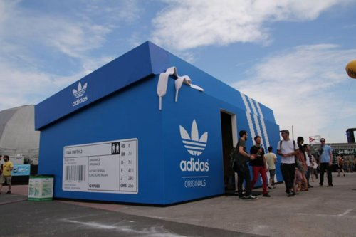 Buzz Marketing page: Adidas ouvre un pop up store à Buenos Aires ...
