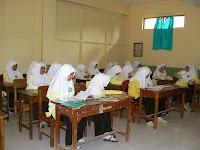 Siswi Madrasah Diniyah Nidhomiyah Putri