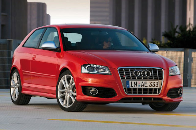 2013 Audi S3 Hatchback Wallpaper