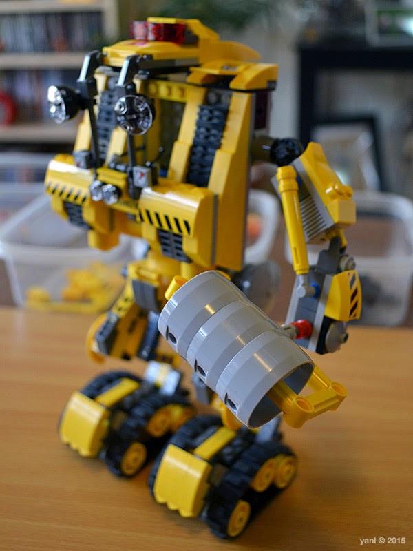 emmet's construct-o-mech - one arm
