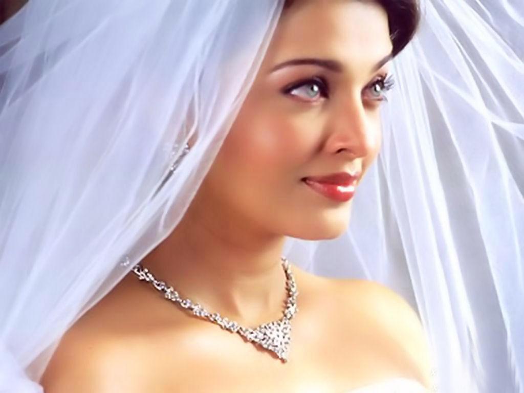aishwarya rai wedding dress |Images Magazine
