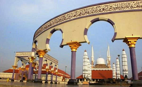 destinasi tempat wisata masjid semarang