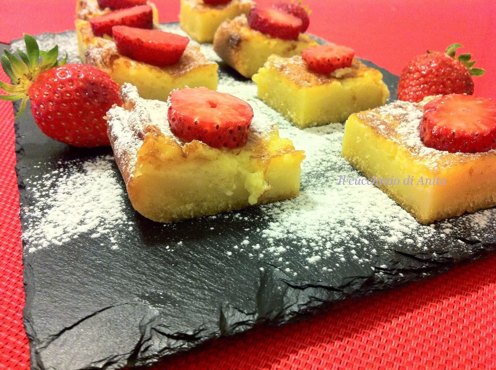brownies al cioccolato bianco e fragole - (il dolce degli innamorati)