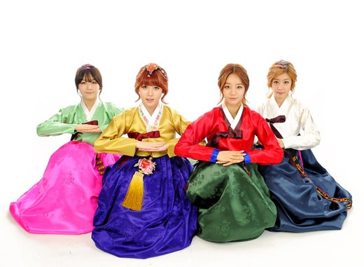 Girls Day Hanbok 01
